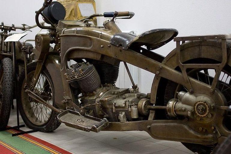 фото первый мотоцикл