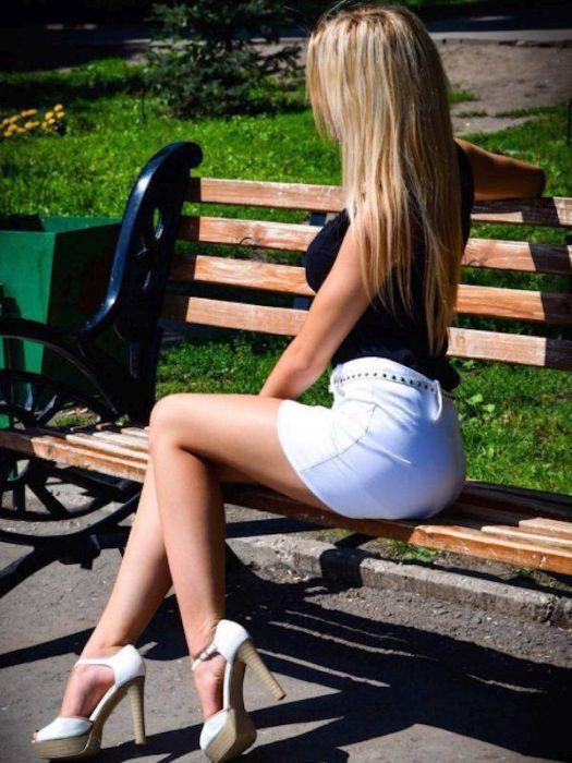 Фото девушек в коротких юбочках 87435 фотография