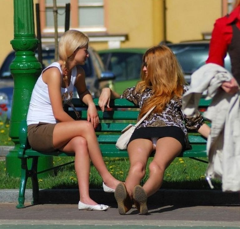 u-russkih-devushek-vidni-trusi-video