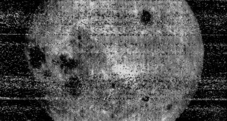 Как в СССР сфотографировали обратную сторону Луны