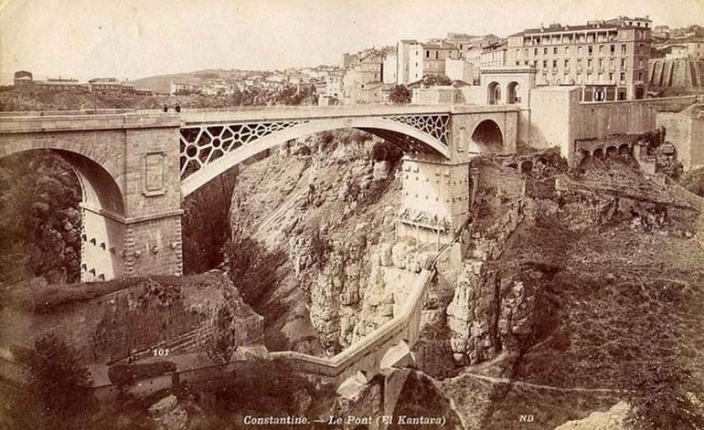 Алжирский город над пропастью и его безумные мосты