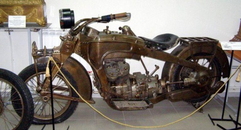 Первые советские мотоциклы ИЖ