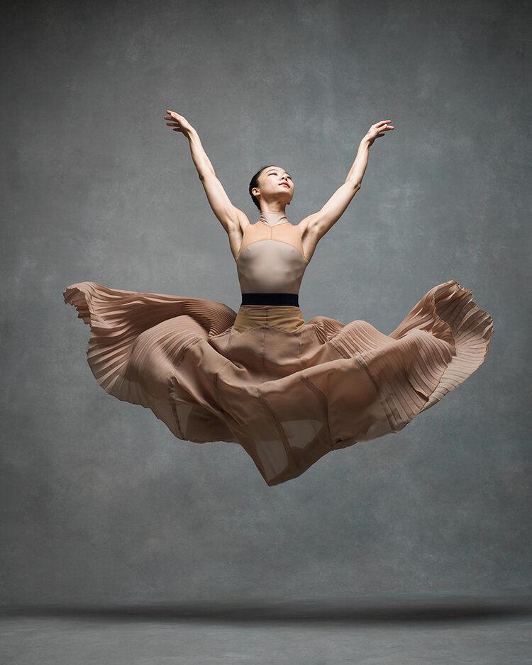 Страсть и полёт. 10 впечатляющих фото от проекта NYC Dance Project