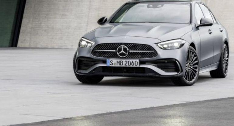 Опубликованы первые изображения «заряженного» Mercedes-AMG C63 2022 модельного года