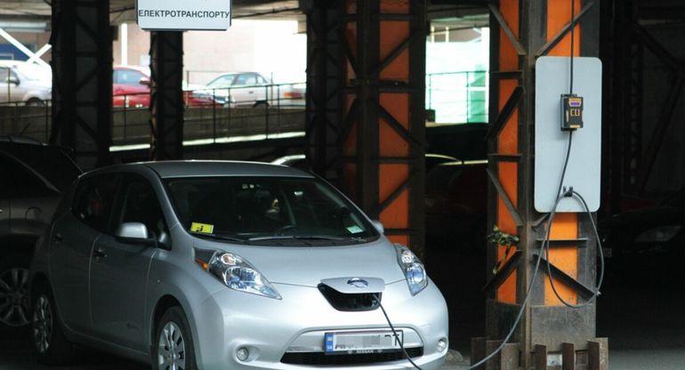 Электрокары становятся более популярными на рынке Приморья