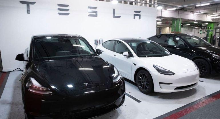 Tesla запускает новую соцсеть для сообщества владельцев своей продукции