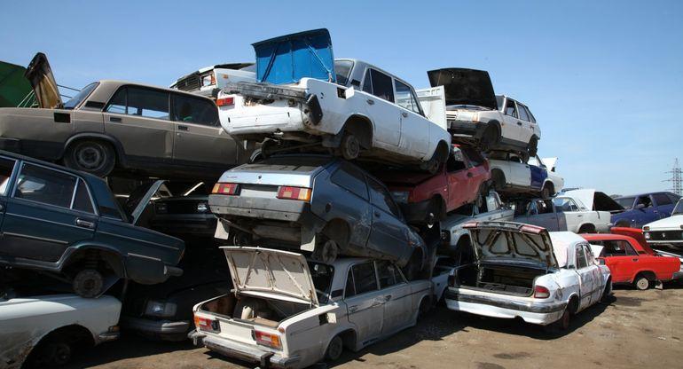 Утильсбор снова повысят. Что будет с ценами на машины?