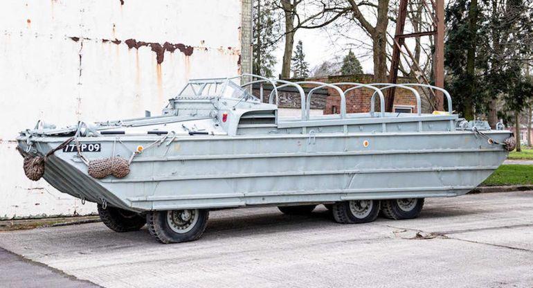 Шестиколесный грузовик-амфибия GMC выставили на продажу
