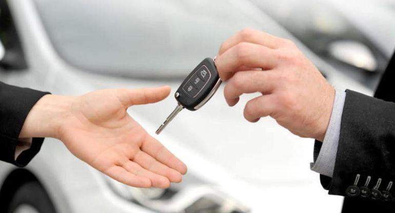 Автомобильные эксперты объяснили, почему водители в России пока не готовы к «народному каршерингу»
