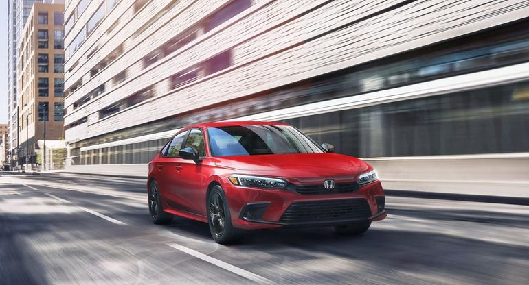 Honda рассекретила ценники и комплектации обновленного седана Civic 2022