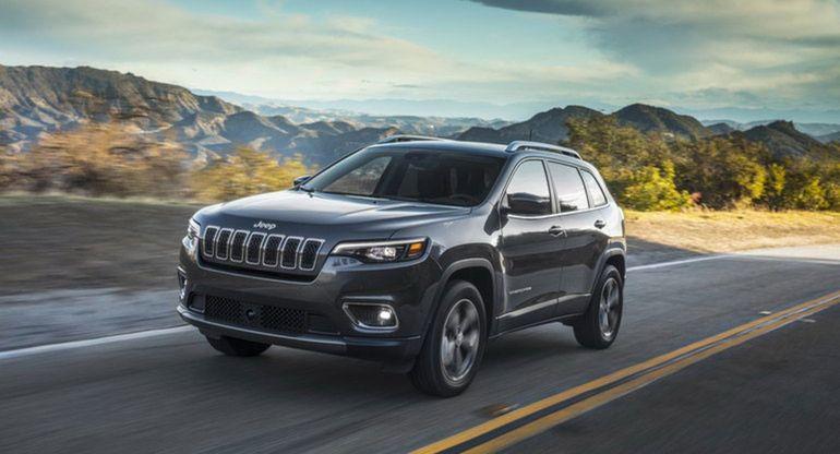 Новый Jeep Cherokee отзывают по причине угрозы возгорания