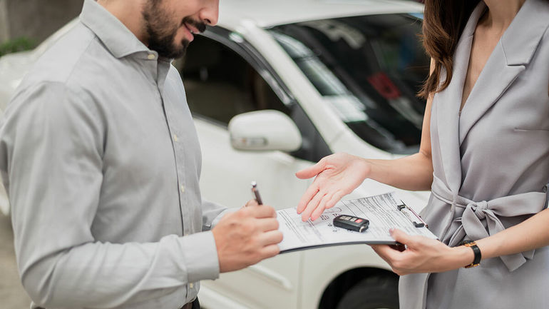 Сбер запустил сервис долгосрочной аренды автомобилей. Насколько он выгоден?