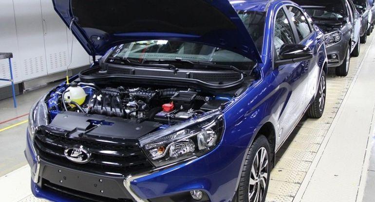 «АвтоВАЗ» временно остановит производство из-за нехватки комплектующих