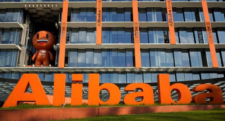 Alibaba планирует выпустить грузовые машины на автопилоте