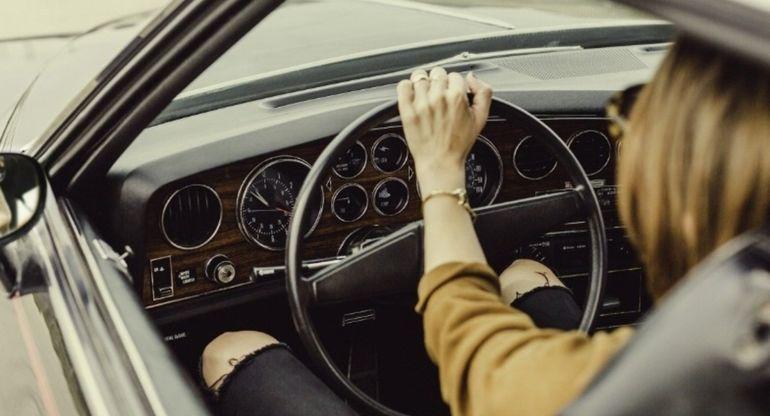 Нужно ли прогревать автомобиль летом или же можно сразу жать педаль в пол