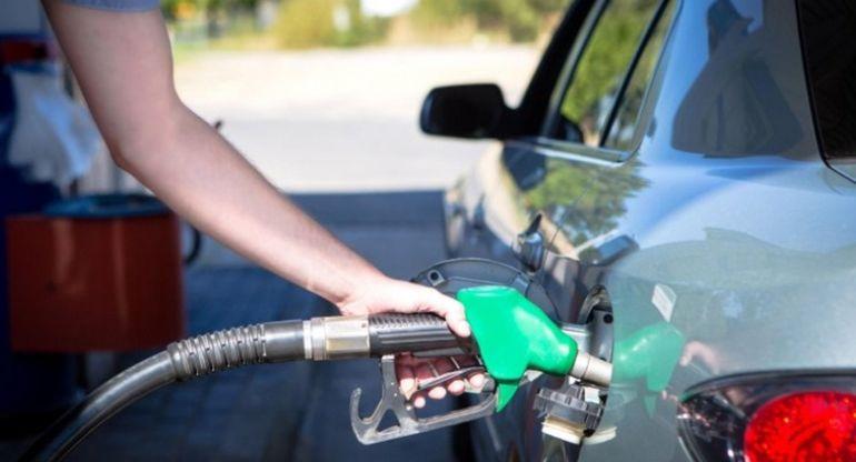 Автоэксперт дал дельный совет жителям РФ об экономии топлива