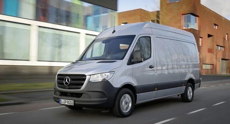 На все авто Mercedes-Benz Sprinter поставят дизельный двигатель OM 654
