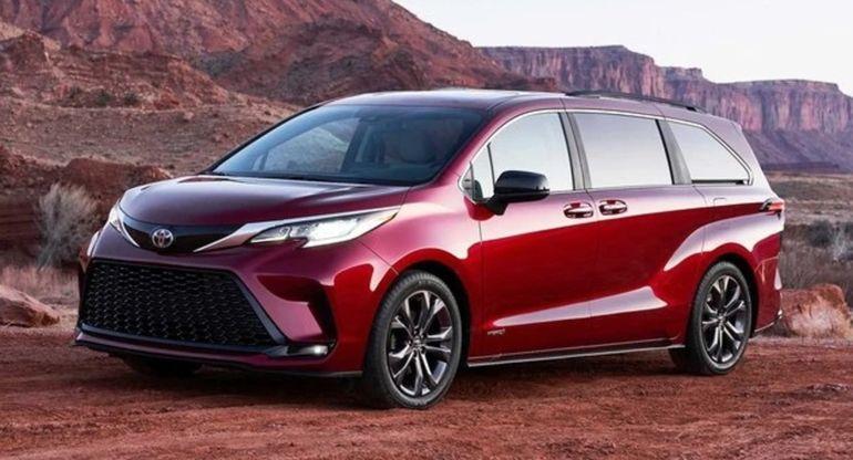 Toyota представит минивэн Sienna на выставке в Чэнду