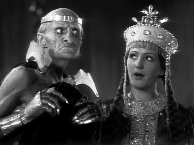 Возьмите меня. Я вам такую Бабу-Ягу сыграю...Милляр-французский аристократ советских киносказок