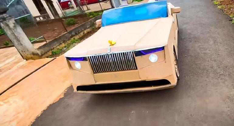Самый дорогой в мире автомобиль воссоздали из картона
