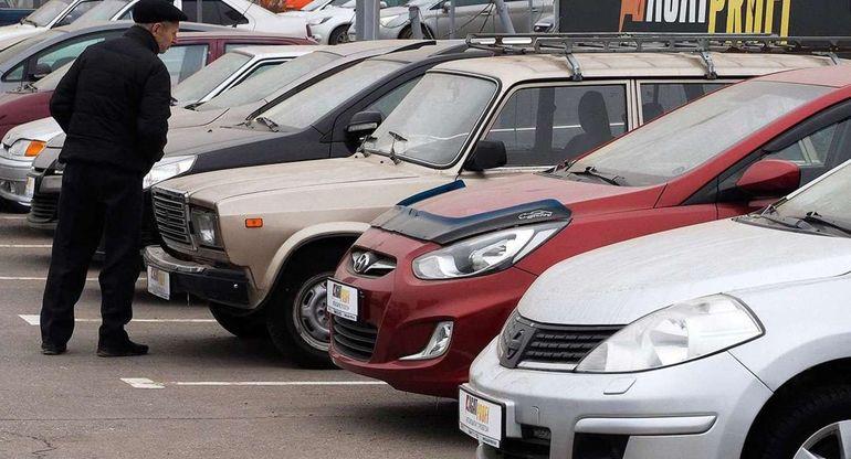 Россияне реже берут кредиты на дорогие подержанные автомобили