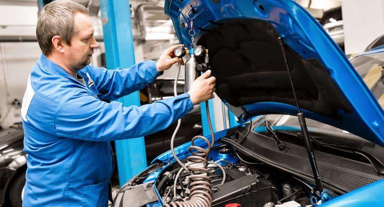 Автоэксперты дали советы по очистке топливной системы машин