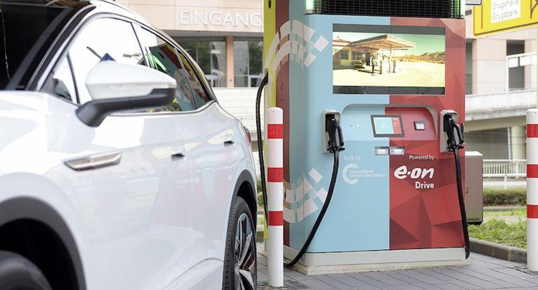 E.ON и Volkswagen представили новую станцию быстрой зарядки