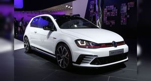 Сильнейшего выявляли среди Volkswagen Golf GTI Clubsport и Honda Civic Type R